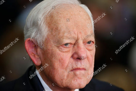 Bob Schieffer Retired CBS News chief Washington correspondent and Face the Nation host Bob Schieffer listens to Republican presidential candidate Donald Trump speak during a South Carolina Republican primary night event, in Spartanburg, S.C