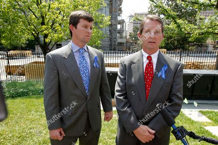 Keith Jones, Chris Jones Chris Jones, left, and his father Keith Jones, whose other son Gordon Jones was killed during the BP well explosion, talks with the media outside the White House in Washington, following a meeting with President Barack Obama