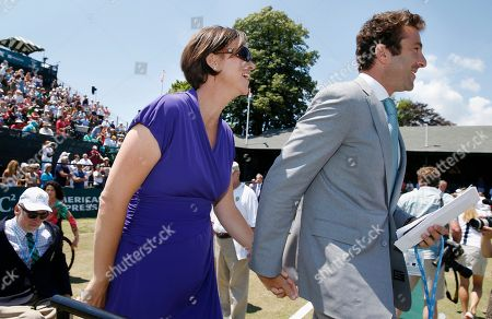 Lindsay Davenport, Justin Gimelstob Lindsay Davenport walks to the dais with Justin Gimelstob during the induction ceremony at the International Tennis Hall of Fame in Newport, R.I
