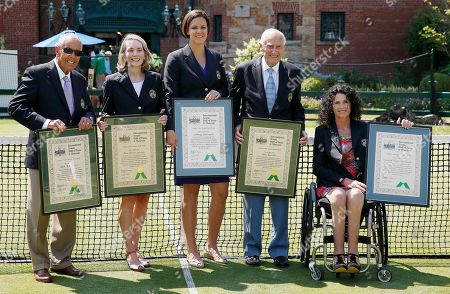 Nick Bollettieri, Jane Brown Grimes, Lindsay Davenport, John Barrett, Chantal Vandierendonck The 2014 inductees into the International Tennis Hall of Fame, from left, Nick Bollettieri, Jane Brown Grimes, Lindsay Davenport, John Barrett and Chantal Vandierendonck pose for photographs after being enshrined in Newport, R.I