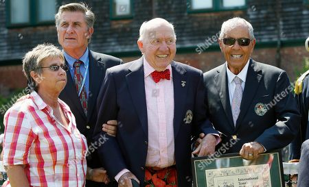 Rosie Casals, Charlie Pasarell, Nick Bollettieri, Bud Collins Hall of famers, from left, Rosie Casals Charlie Pasarell, Bud Collins and Nick Bollettieri during the induction ceremony at the International Tennis Hall of Fame in Newport, R.I