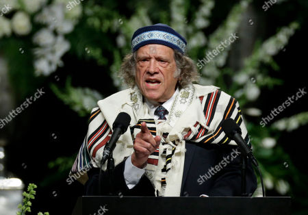 Stock Photo of Rabbi Michael Lerner speaks during Muhammad Ali's memorial service, in Louisville, Ky