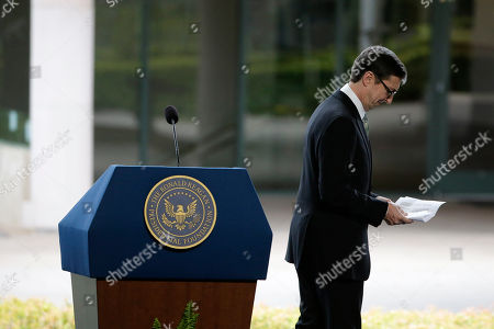 Ron Reagan Ron Reagan, son of late former President Ronald Reagan and Nancy Reagan walks away from the podium after speaking at the funeral service for the former First Lady at the Ronald Reagan Presidential Library, in Simi Valley, Calif