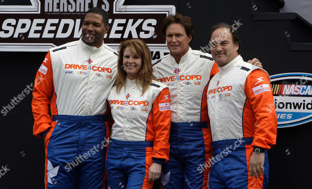 Michael Strahan, Patty Loveless, Bruce Jenner, Jim Belushi Race grand marshals from left, Michael Strahan, Patty Loveless, Bruce Jenner and Jim Belushi, pose for a photo before the start of the DRIVE4COPD 300 Nationwide auto race at Daytona International Speedway in Daytona Beach, Fla