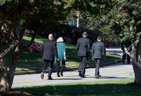 Barack Obama, David Plouffe, Anita Dunn President Barack Obama, center, walks with Anita Dunn, debate prep advisor, second from left, and David Plouffe, senior White House advisor, right, at Kingsmill Resort, in Williamsburg, Va