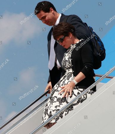 Bill Burton, Valerie Jarrett Deputy Press Secretary Bill Burton walks with senior adviser Valerie Jarrett after President Barack Obama disembarks Air Force One at Andrews Air Force Base, Md., after he travelled to Carnegie Mellon University in Pittsburgh to speak about the economy