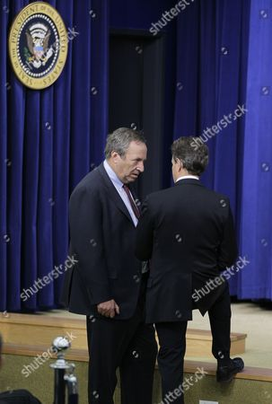 Larry Summers, Tim Geithner President Barack Obama's top economic advisers, Director of the National Economic Council Lawrence Summers, at left, and Treasury Secretary Tim Geithner, right, meet before Obama signed the bipartisan tax package that extends tax cuts at the Eisenhower Executive Office Building in the White House complex, in Washington. Obama is expected to announce a replacement for Summers early in the new year, soon after he returns to Washington from his Hawaiian vacation