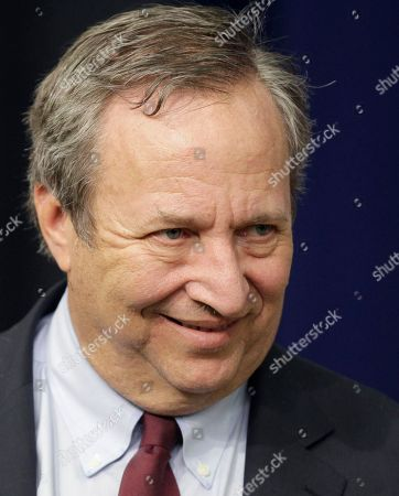 Larry Summers Director of the National Economic Council Lawrence Summers arrives for the tax cut extension bill to be signed President Obama during a ceremony at the Eisenhower Executive Office Building in the White House complex, in Washington. Obama is expected to announce a replacement for Summers early in the new year, soon after he returns to Washington from his Hawaiian vacation