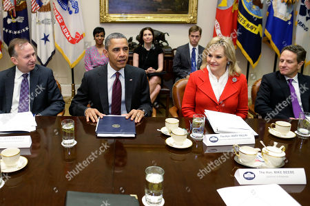 Stock Picture of Barack Obama, Mary Fallin, Jack Markell President Barack Obama, flanked by National Governors Association (NGA) Chairman, Delaware Gov. Jack Markell, left, and NGA Vice Chair, Oklahoma Gov. Mary Fallin, meets with the NGA executive committee regarding the fiscal cliff, in the Roosevelt Room at the White House in Washington. Treasury Secretary Tim Geithner is at right