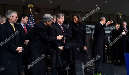 Barack Obama, Michelle Obama, Tom Dashcle, Trent Lott, Ted Kennedy Jr., Elizabeth warren, Edward Markey First lady Michelle Obama, center, shakes hands with former Senate Majority Leader Trent Lott of Miss., as former Senate Minority Leader Tom Daschle of S.D., left, and Connecticut State Sen. Ted Kennedy Jr., fourth from left, watch before the dedication of the Edward M. Kennedy Institute for the United States Senate, in Boston. The $79 million Edward M. Kennedy Institute for the United States Senate dedication is a politically star-studded event attended by President Barack Obama, Vice President Joe Biden and past and present senators of both parties. It sits next to the presidential library of Kennedy's brother, John F. Kennedy. From left are Dachle, Lott, Kennedy, Mrs. Obama, President Barack Obama, Sen .Elizabeth Warren, D-Mass, and Sen. Edward Markey, D-Mass