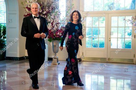 Caroline Kennedy, Edwin Schlossberg U.S. Ambassador to Japan Caroline Kennedy and Edwin Schlossberg arrive for a state dinner for Japanese Prime Minister Shinzo Abe, at the White House in Washington