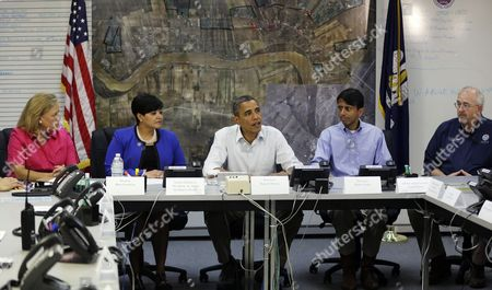 Stock Picture of Barack Obama, Mary Landrieu, Natalie Robottom, Bobby Jindal, Craig Fugate President Barack Obama, center, participates in a briefing with from left to right, Sen. Mary Landrieu, D-La., Saint John the Baptist Parish President Natalie Robottom, Gov. Bobby Jindal and FEMA Administrator Craig Fugate, at Saint John Parish Emergency Operations Center (EOC) in LaPlace, La., in Saint John the Baptist Parish
