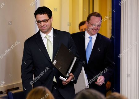 Robert Gibbs, Bill Burton Bill Burton, left, deputy White House Press Secretary, and Robert Gibbs, White House Press Secretary, enter to speak to the media during the daily briefing at the White House in Washington