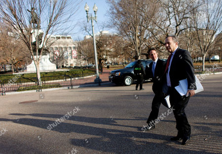 Timothy Geithner, Lawrence Summers Treasury Secretary Timothy Geithner, left, and National Economic Council Director Lawrence Summers, walk across Pennsylvania Ave., to the Blair House, for a scheduled working meeting with business leaders, in Washington