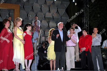 Donna McKechnie, Christine Ebersole, Bebe Neuwirth, Hal Prince, Michael Arden, Liza Minnelli, Christian Hoff