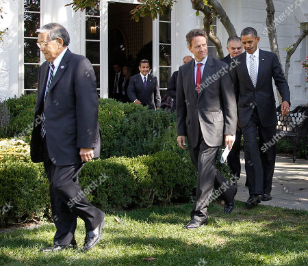 Barack Obama, Norman Mineta, Timonthy Geithner, Ray LaHood, Ed Rendell, Antonio Villaraigosa President Barack Obama, far right, walks out to speaks in the Rose Garden to highlight a new report on the impact of his $50 billion infrastructure-investment proposal, at the White House in Washington. Walking out with Obama are from left to right, former Secretary of Transportation Samuel Norman Mineta, Los Angeles Mayor Antonio Villaraigosa, Secretary of Treasury Timonthy Geithner, and Secretary of Transportation Ray LaHood
