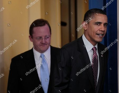 Robert Gibbs, Barack Obama President Barack Obama walks out with White House Press Secretary Robert Gibbs for daily news briefing at the White House in Washington, Friday, Feb., 11, 2011. Gibbs steps down from the post today, after two years as President Obama's top spokesman. Jay Carney, the current communications director for Vice President Joe Biden, will succeed him at the podium
