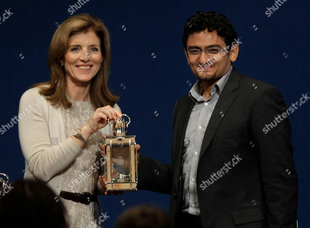 Caroline Kennedy, Wael Ghonim Caroline Kennedy, left, presents Egyptian Wael Ghonim, representing the people of Egypt for their democratic uprising, the John F. Kennedy Profiles in Courage Award, at the JFK Library & Museum in Boston, Monday morning