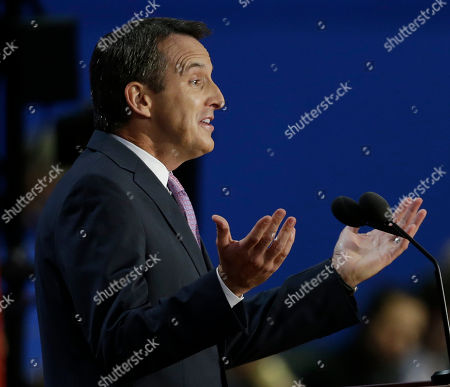 Former Minnesota Governor Tim Pawlenty addresses delegates during the Republican National Convention in Tampa, Fla., on