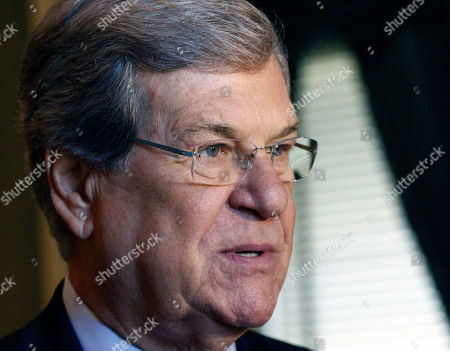"""Trent Lott Former U.S. Senate Majority Leader Trent Lott, R-Miss., speaks with reporters about the Republican presidential race prior to addressing an audience at the Old Capitol Museum in Jackson, Miss., at an event called """"History is Lunch."""" During his address, Lott discussed the current state of politics in Washington, his reaction to the presidential races, and his friendship with Democratic former Sen. Tom Daschle of South Dakota, with whom he wrote a book"""