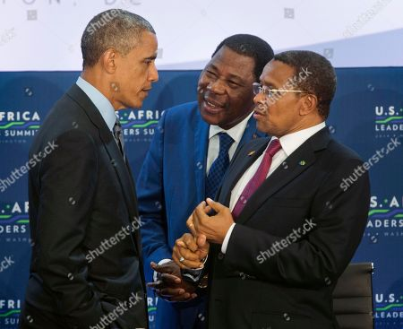 Barack Obama, Yayi Boni, Jakaya Kikwete President Barack Obama, left, talks with Benin President Yayi Boni, center, and Tanzania President Jakaya Kikwete, right, at the start of the 3rd Session at the US African Leaders Summit, at the State Department in Washington. President Barack Obama and dozens of African leaders opened talks Wednesday on two key issues that threaten to disrupt economic progress on the continent: security and government corruption