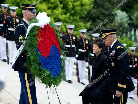 Park Geun-hye, Michael Linnington Visiting South Korea President Park Geun-hye, center, is escorted by Maj. Gen. Michael Linnington, right, during a wreath laying ceremony at the Tomb of the Unknowns at Arlington National Cemetery in Arlington, Va
