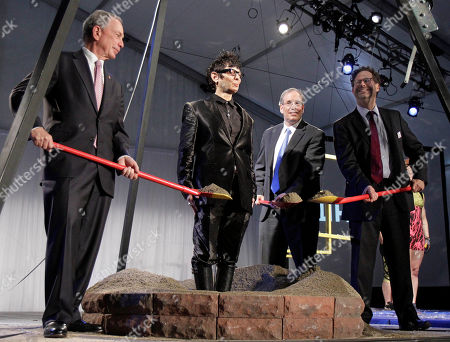 Michael Bloomberg, Scott Stringer Elizabeth Streb, Adam Weinberg New York Mayor Michael Bloomberg, left, Manhattan Borough President Scott Stringer, third left, and Whitney Museum Director Adam Weinberg, right, shovel dirt around artist Elizabeth Streb during ground breaking ceremonies for a new Whitney Museum, in New York, . The nine-story, metal-clad building, which will include a series of asymmetrical rooftops for outdoor exhibitions facing the High Line and the nearby Hudson River, is designed by Italian architect Renzo Piano and will nearly double the museum's current gallery space