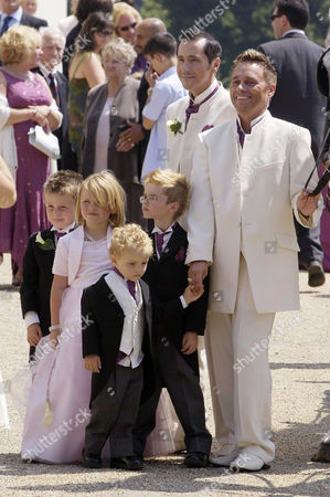 Tony Barlow and Barrie Drewitt with twins Saffron and Aspen (6) and Orlando (3) at the front. Guest boy (1st l)