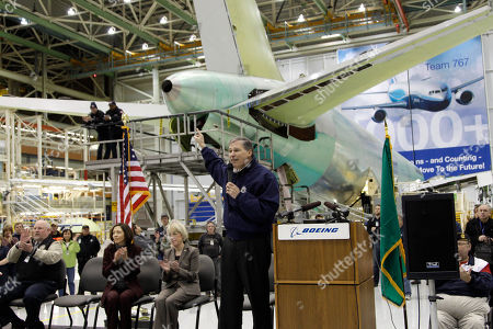 Jim Jay Insless Rep. Jay Inslee, D-Wash., speaks at a rally at Boeing Co.'s 767 assembly plant, in Everett, Wash. The rally was held to celebrate Boeing winning a $35 billion Air Force contract for a new aerial tanker fleet