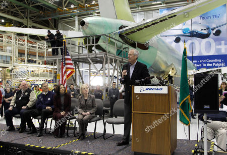 Jim McNerney Jr Boeing Co. CEO Jim McNerney Jr., right, speaks at a rally at Boeing Co.'s 767 assembly plant, in Everett, Wash. The rally was held to celebrate Boeing winning a $35 billion Air Force contract for a new aerial tanker fleet