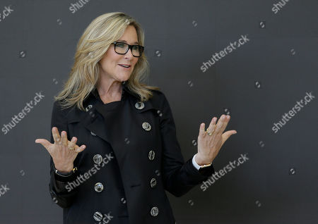 Angela Ahrendts Angela Ahrendts, Apple's senior vice president of Retail and Online Stores, speaks with reporters during a preview of the new Apple Union Square store, in San Francisco