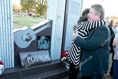 Nancy Jones, Joe Diffie Nancy Jones, the widow of country music star George Jones, hugs singer Joe Diffie, right, at the memorial to the late singer dedicated, in Nashville, Tenn