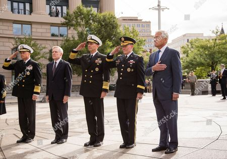 Chuck Hagel, Martin Dempsey, Ray Mabus, Jonathan Greenert, James A. Winnefeld Defense Secretary Chuck Hagel, right, leads a delegation at the Navy Memorial in Washington to remember the victims of Monday's deadly shooting at the Washington Navy Yard, . From left to right are Adm. James A. Winnefeld, Jr., vice chairman of the Joint Chiefs, Secretary of the Navy Ray Mabus, Chief of Naval Operations Adm. Jonathan Greenert, Joint Chiefs Chairman Gen. Martin Dempsey, and Defense Secretary Chuck Hagel