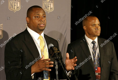 Troy Vincent, Rick Smith Troy Vincent, NFL executive vice president of football operations, left, speaks next to Rick Smith, Houston Texans Executive Vice President of Football Operations and General Manager at the NFL's spring meetings in San Francisco