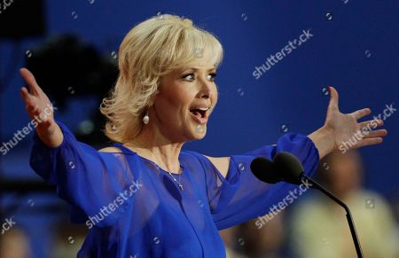 Actress Janine Turner speaks to delegates during the Republican National Convention in Tampa, Fla., on