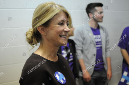 Wendy Davis Former Texas state Sen. Wendy Davis speaks in support of Democratic presidential hopeful Hillary Clinton to South Dakotans as the candidate who would look out for women to the benefit of the nation's economy, at the opening of Clinton's first South Dakota office