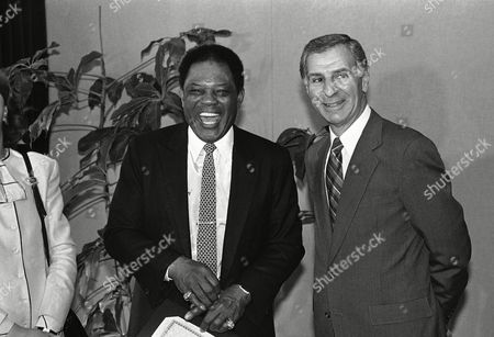 Willie Mays, George Deukmejian Remarks by Governor George Deukmejian, right, brings a laugh from San Francisco Giants great Willie Mays as he declared to be Willie Mays Day, Sacramento, California. The event took place in the governor's Capitol office in Sacramento. The former outfielder is now a special assistant to the team president