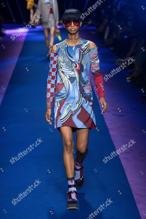 Editorial image of Versace show, Runway, Spring Summer 2017, Milan Fashion Week, Italy - 23 Sep 2016