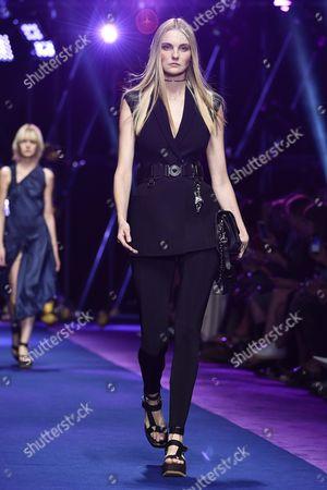 Caroline Trentini on the catwalk