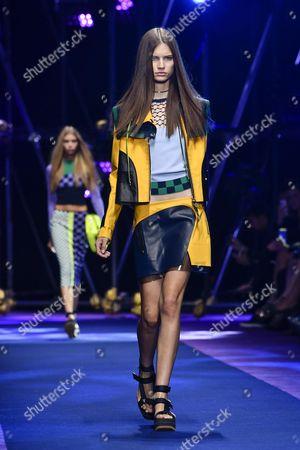 Faretta Radic on the catwalk