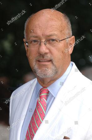 Peter De Savary