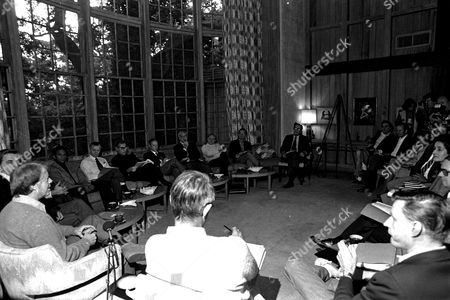 BR President-elect Jimmy Carter, left, meets with his full cabinet for the first time, on St. Simons Island, GA. Clockwise: Gov. Carter, Walter Mondale, Andrew Young, Robert Bergland, Harold Brown, Werner Blumenthal, James Schlessinger, Charles Schultze, Ted Sorensen, Griffin Bell, Joseph Califano, Brock Adams, Patricia Harris, Burt Lance, Juanita Kreps, Ray Marshall, Zbighinew Brzhenski, and Cyrus Vance