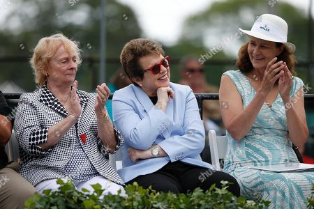 Peachy Kellmeyer, Billie Jean King, Pam Shriver From left, Peachy Kellmeyer, Billie Jean King and Pam Shriver during the induction ceremony at the International Tennis Hall of Fame in Newport, R.I