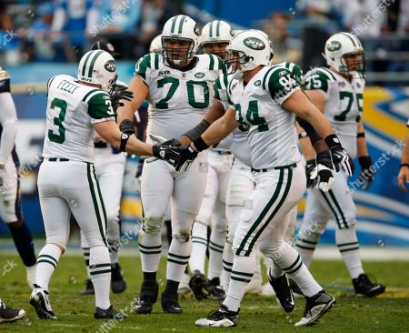 Jay Feely, Ben Hartsock, Mike Devito New York Jets kicker Jay Feely (3), defensive end Mike Devito (70) and tight end Ben Hartsock (84) during an NFL divisional playoff football game against the San Diego Chargers, in San Diego