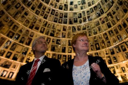 Tarja Halonen, Pentti Arajarvi Finnish President Tarja Halonen and her husband Pentti Arajarvi visit the Hall of Names at the Yad Vashem Holocaust memorial in Jerusalem, Jerusalem, . Halonen is on an official visit to the region