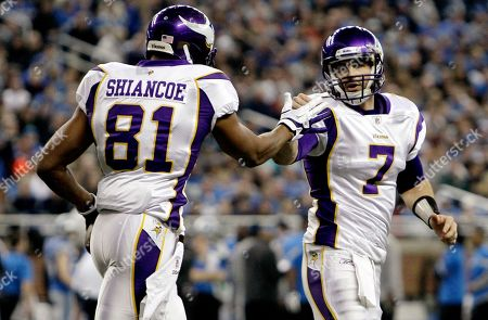 Christian Ponder, Visanthe Shiancoe Minnesota Vikings quarterback Christian Ponder (7) celebrates after connecting for a 7-yard touchdown with tight end Visanthe Shiancoe (81) in the first quarter of an NFL football game against the Detroit Lions in Detroit on