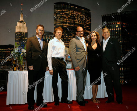 """Melina Kanakaredes, Gary Sinise, Jerry Bruckheimer, Anthony Zuiker, Les Moonves CSI:NY"""" cast members Gary Sinise, far left, and Melina Kanakaredes, second from right, pose with, left to right, executive producer Jerry Bruckheimer, executive producer/creator Anthony Zuiker, and CBS President/CEO Les Moonves during a celebration of the show's 100th episode at CBS Paramount Studios in Los Angeles"""