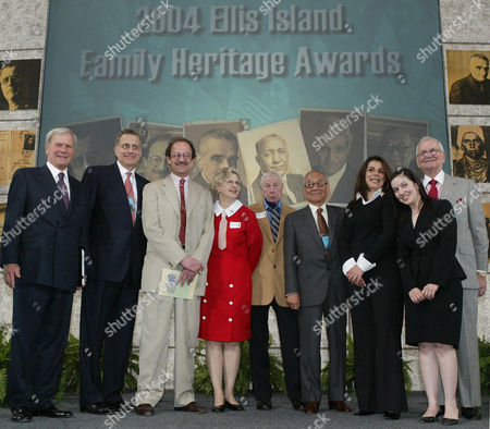 IACOCCA Master of ceremonies and NBC News anchor Tom Brokaw, left, joins recipients and familes of recipients of the 2004 Ellis Island Family Heritage Awards, at Ellis Island in New York. From left are Brokaw, NFL Commissioner Paul Tagliabue, President and CEO of Memorial Sloan-Kettering Cancer Center Dr. Harold Varmus, Anne Rockne Volpe and John V. Rockne, who received the award for their late father Notre Dame football coach Knute Rockne, architect I.M. Pei, Martin Scorsese's daughters Catherine and Domenica, and Lee Iacocca, founding chairman of the Statue of Liberty-Ellis Island Foundation. Five of the honorees trace their immigrant roots through Ellis Island