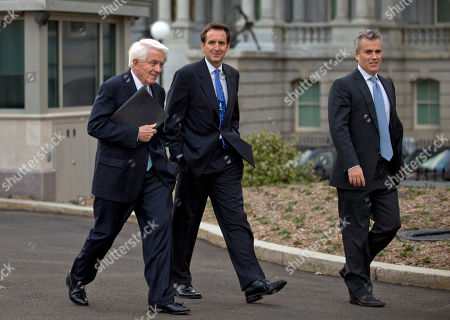 Tim Pawlenty, Tom Donohue, Jeffrey Zients From left, U.S. Chamber of Commerce Chief Executive Tom Donohue, former Minnesota Gov. and GOP presidential candidate Tim Pawlenty, and, Jeffrey Zients of the Office of Management and Budget, walk from the White House after a meeting with White House staff regarding the fiscal cliff, in Washington