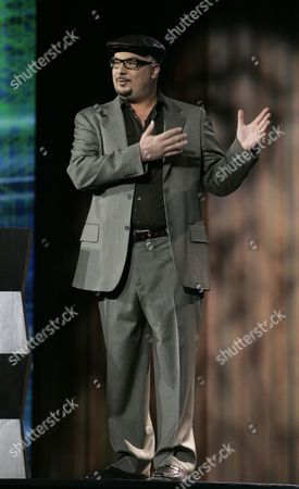 """Anthony Zuiker Anthony Zuiker, creator of the """"CSI"""" television series, speaks during a keynote speech by Leslie Moonves, president and CEO of CBS Corp., not shown, at the Consumer Electronics Show in Las Vegas on Tuesday, Jan. 9. 2007"""